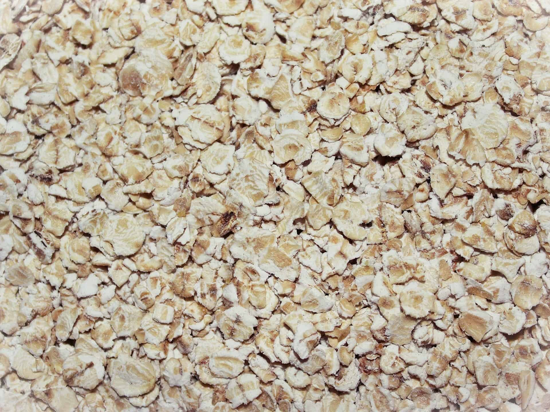 Naturally suppress appetite with Oatmeal