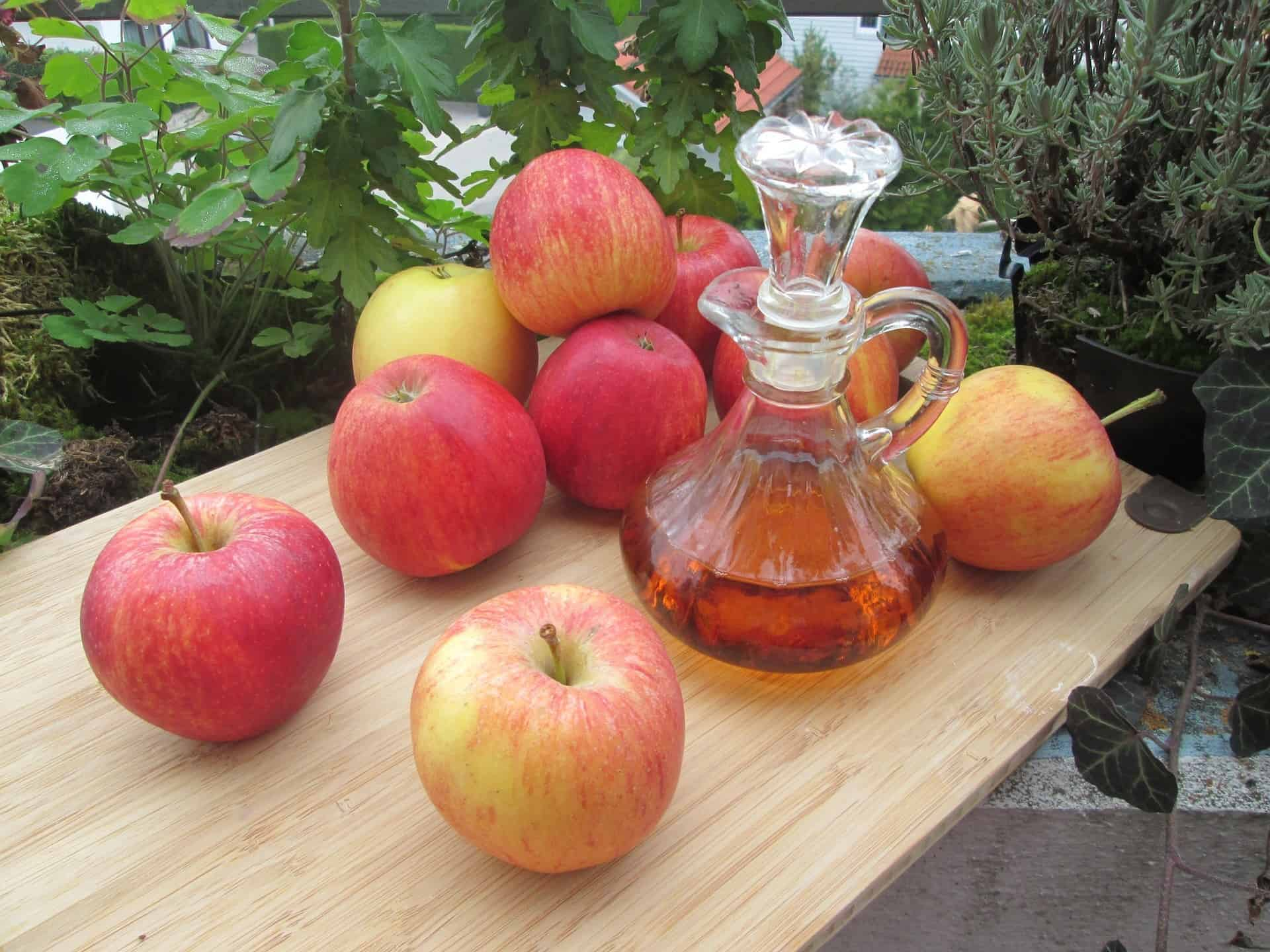 Apple Cider Vinegar can help your eating habits