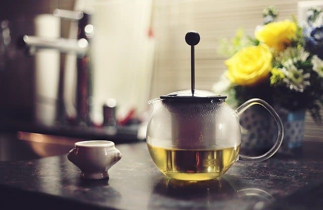 Green Tea helps to reduce feeling of hunger